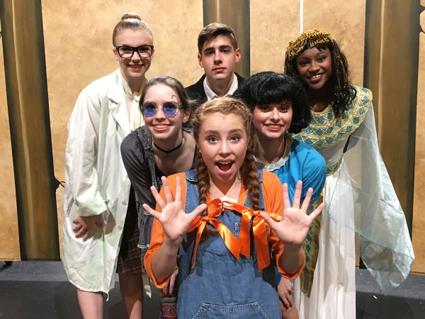 Lindsay Rosser '19 Stars in Harriet's Happiest Halloween